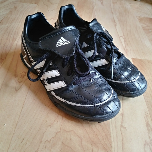 Adidas indoor soccer/ Sports Shoes